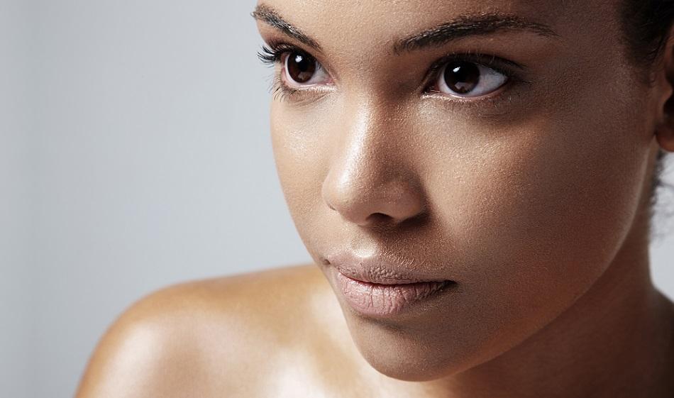 astuces lutter contre la peau grasse